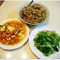 【上海菜飯。蕃茄炒蛋。清燙大陸妹】