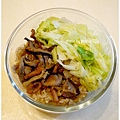 【香菇油飯+清炒高麗菜】