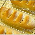 20121208 造型熱狗麵包 (3)