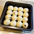 20121210 葡萄乾手撕麵包 (1)
