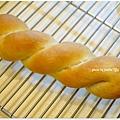 20121222 布里歐葡萄乾麵包 (5)