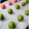 20121224 三色雪球 (巧克力雪球。草莓雪球。抹茶雪球) (1)