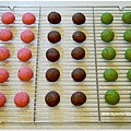 20121224 三色雪球 (巧克力雪球。草莓雪球。抹茶雪球) (4)