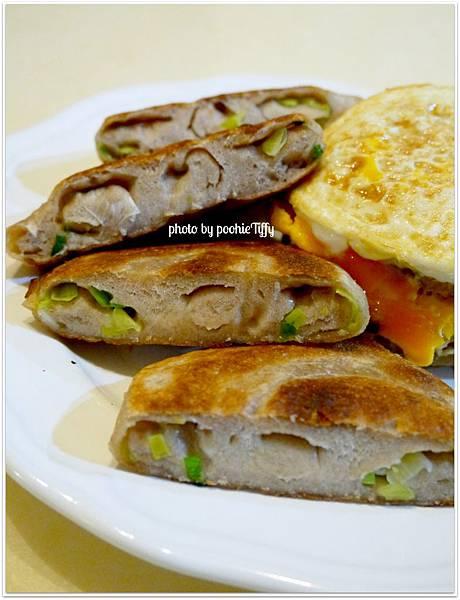 20130108 全麥蔥油餅 (3)