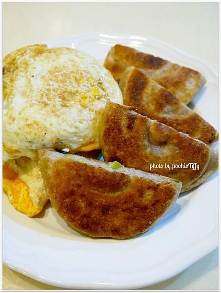 20130108 全麥蔥油餅 (6)