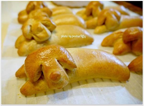 20130117 熱狗麵包 (7)