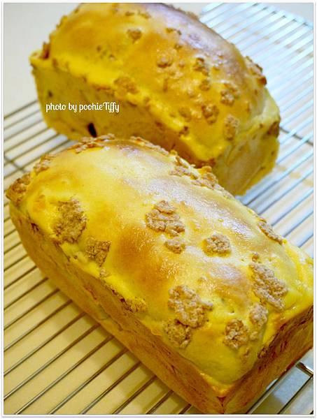 20130128 奶香葡萄乾小吐司 (2)