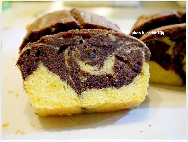 20130130 巧克力大理石磅蛋糕 (2)