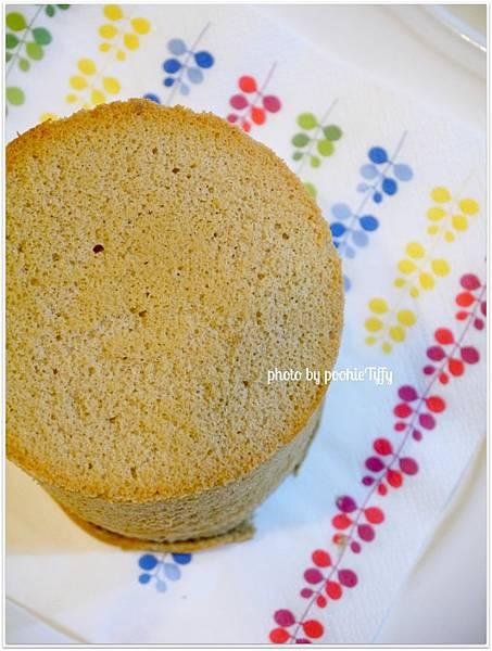 20130226 拿鐵咖啡戚風蛋糕 (4)
