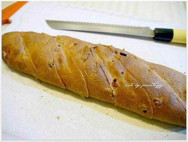 20130316 全麥核桃法國麵包 (2)