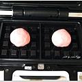 20130422 草莓鬆餅麵包 (4)