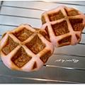 20130422 草莓鬆餅麵包 (5)