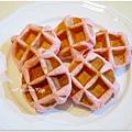 20130422 草莓鬆餅麵包 (11)