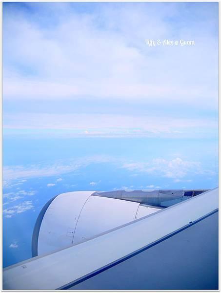 20130601 長榮返台班機 (2)
