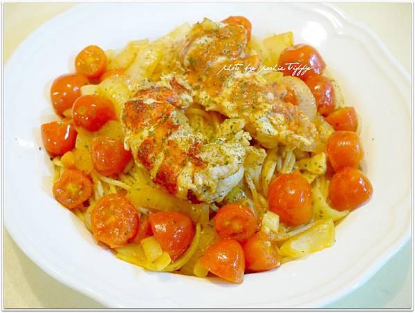 【龍蝦尾蕃茄洋蔥義大利麵】
