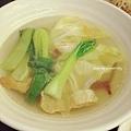 蔬菜湯(高麗菜/青江菜/豆皮/木耳/金針)