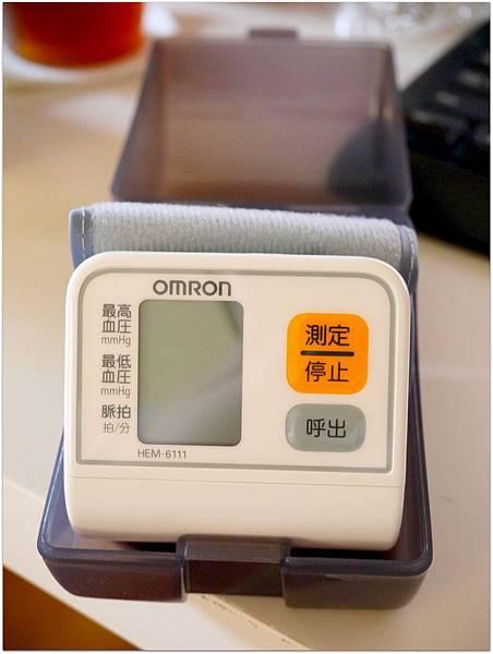 20130728 手腕式血壓計.JPG