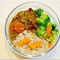 【蔬菜牛肉咖哩】