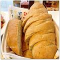 【義式香料麵包】