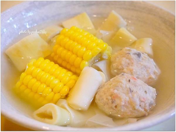 「桂竹筍玉米魚丸湯」