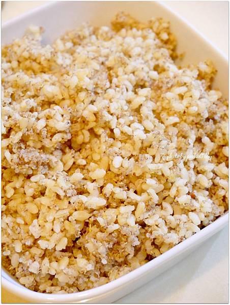 「糙米藜麥飯」