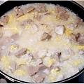 「魚片香菇貢丸粥」