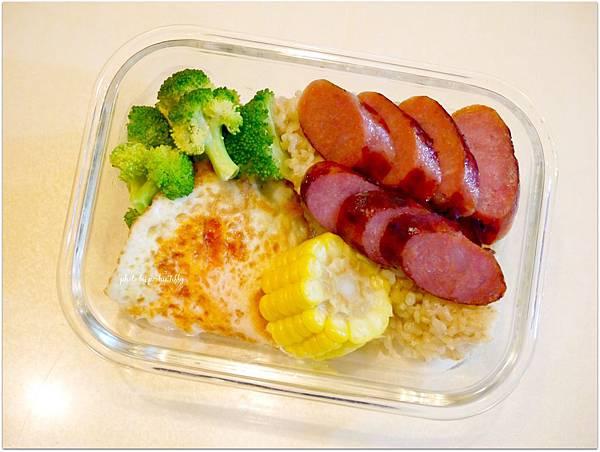 No.16「荷包蛋。紹興香腸。清燙花椰菜。燙玉米。糙米飯」