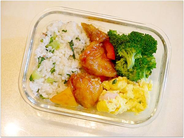 No.21「上海菜飯。糖醋鯛魚。清燙花椰菜。滑蛋蝦仁」
