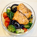 No.29「鮭魚腹肉墨魚義大利麵」