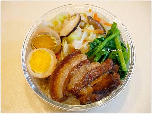 No.61「魯焢肉。滷蛋。清炒高麗菜。清燙波菜」