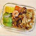 No.67「蔬菜糙米米粉。清炒絲瓜。蒸玉米」