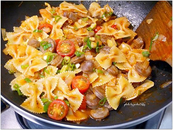 「辣腸義大利麵」sausage pasta