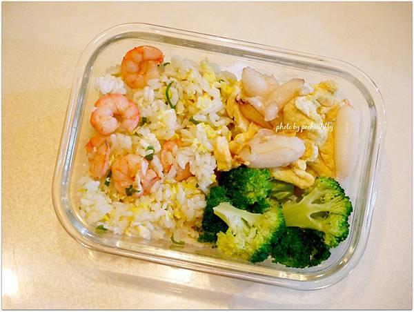 No.82「蝦仁糙米蛋炒飯。蟹肉炒蛋。清燙花椰菜」