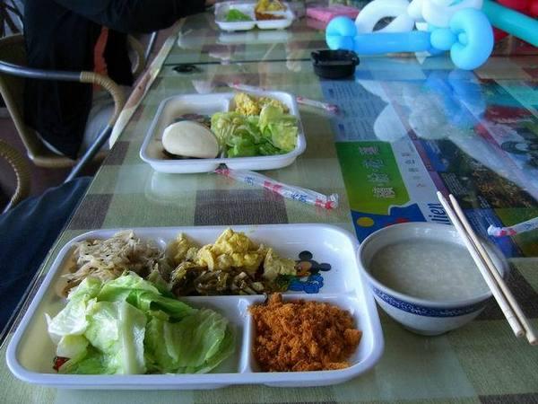 中式自助餐