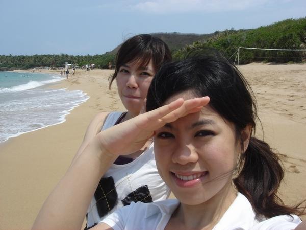 整個沙灘就屬我們人最多