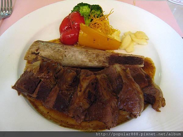 套餐主菜:台塑牛小排