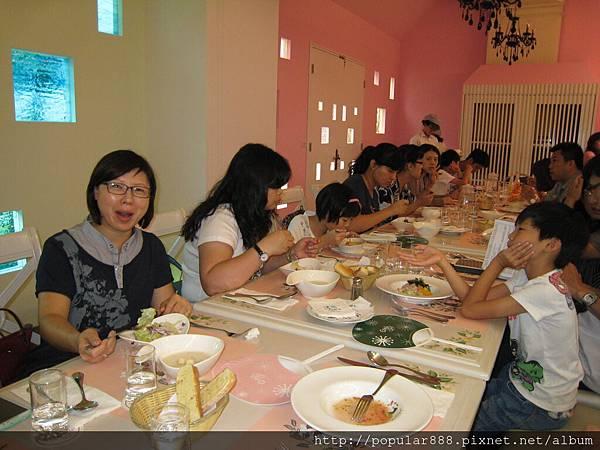 學姐美惠用餐