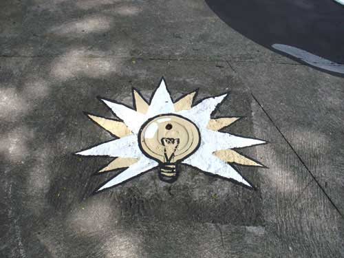 電燈泡.jpg