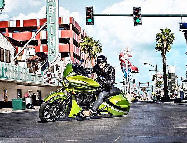 2015-Victory-Magnum-Plasma-Lime-1-1024x469.jpg
