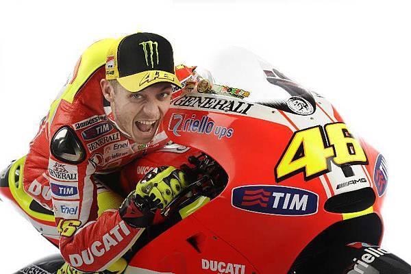 Valentino-Rossi-Scream-Ducati-Desmosedici-GP11.jpg