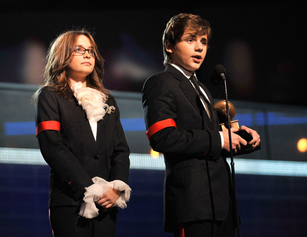 Paris-Jackson-and-Prince-Jackson.jpg