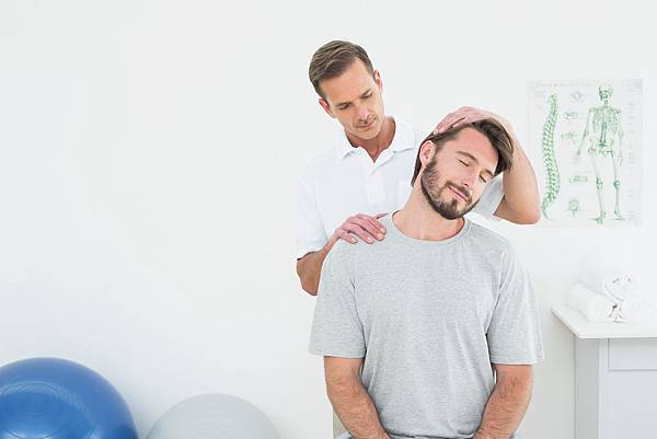 Neck-Therapy-Classic-Rehab.jpg