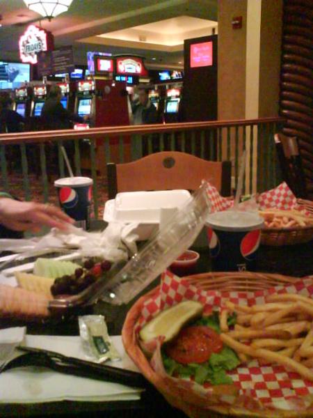 漢堡超大超好吃超肥死