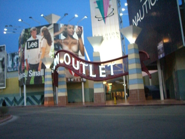 OUTLET 超多