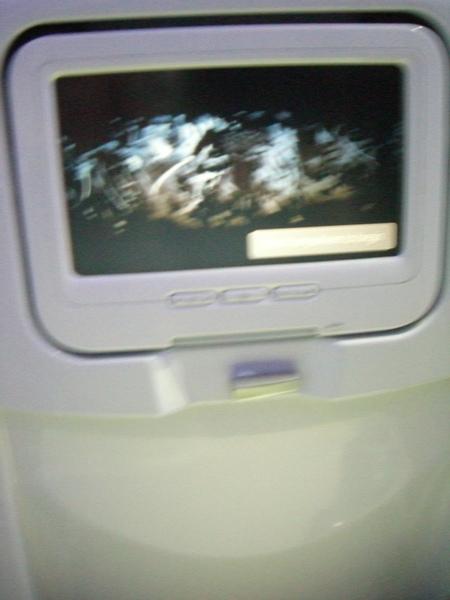 老外搭飛機都會拿出自己的MAC