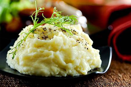 gourmet-mashed-potatoes-thanksgiving.jpg