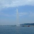 """日內瓦著名的""""人工""""噴泉"""