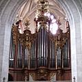 當然有教堂必備的管風琴