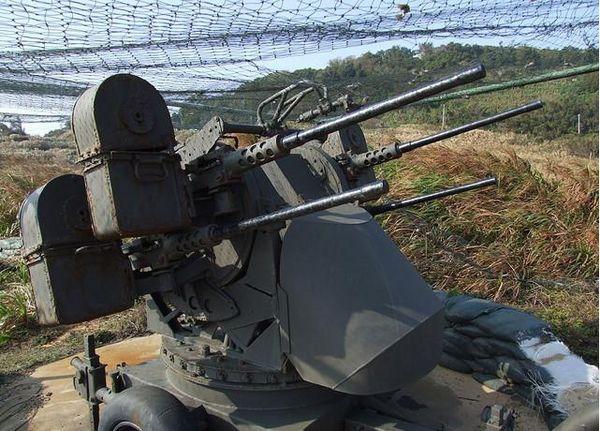 M55四管防空機槍(1).jpg