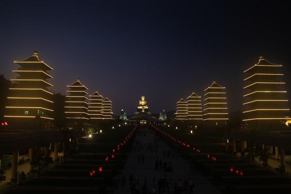 佛陀紀念館煙火迎新春